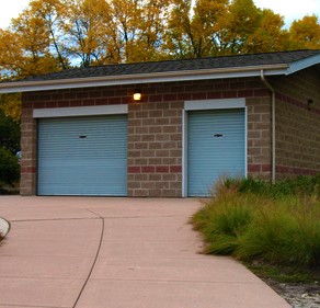 Garage Doors Bowmanville - Right Image 2